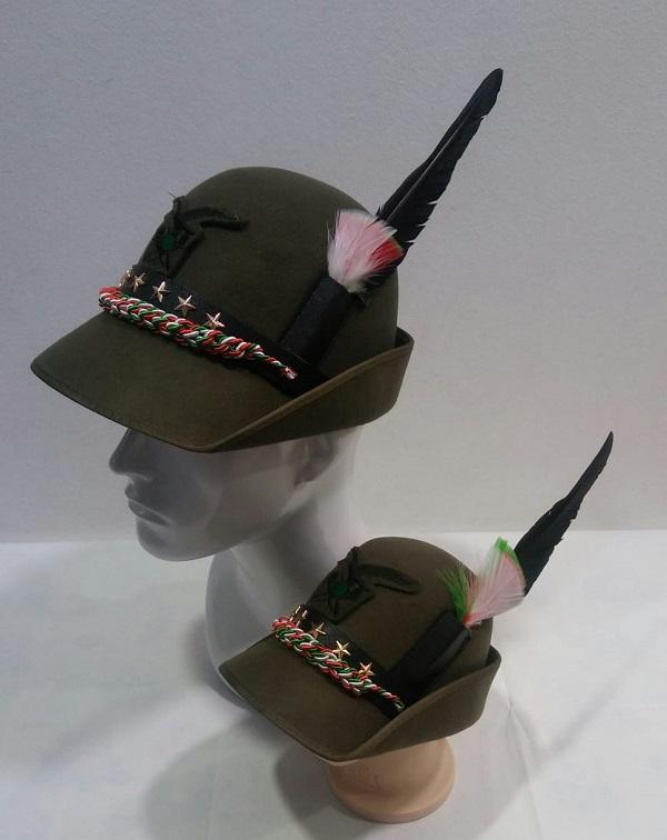 sconto più votato super popolare ultimo stile Cappello Alpino Congedante per Adunata completo di Fregio e Penna misure da  adulto e bambino